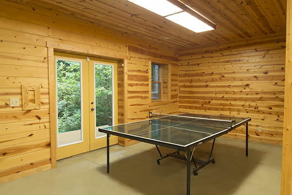Hocking Hills Cabin Rentals. CATBIRD CABIN Sleeps 12 4 Bedrooms 2 Full  Baths With Hot Tub Pet Friendly Cabin